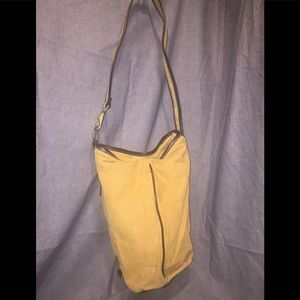 Relic's Tan Corduroy Bucket Bag